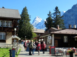 Cute little Mürren. No cars allowed!